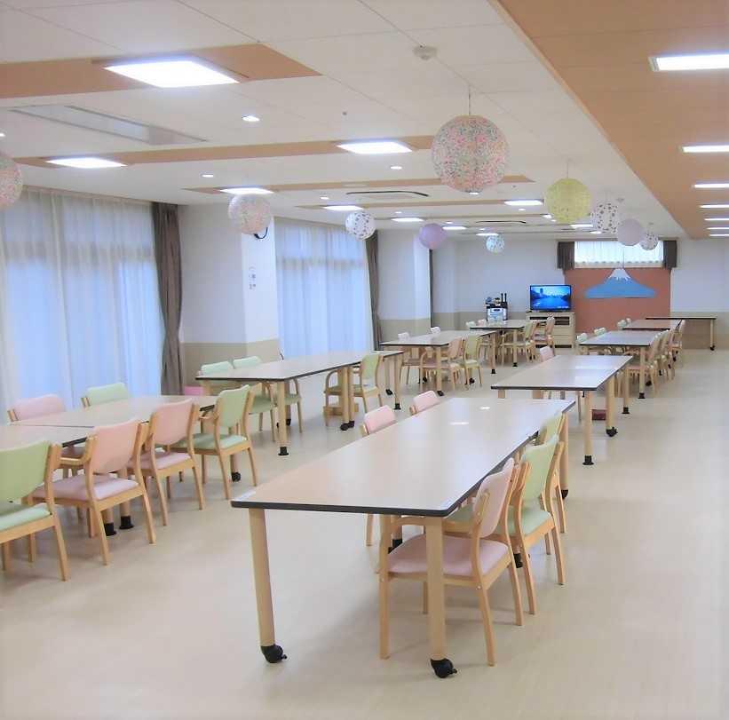 新京成線「薬園台」駅から徒歩約1分の好立地! 定員87名の全室個室・キレイな施設です♪