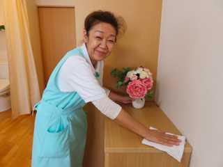 体力や家庭事情に合わせた働き方で、幅広い年齢のスタッフが活躍しています!