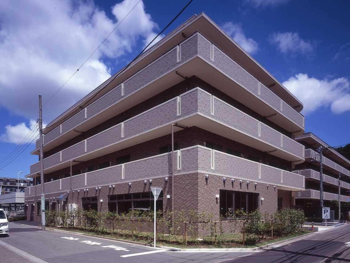 京急「金沢文庫」駅より徒歩4分の好立地! 定員45名のキレイな施設です♪